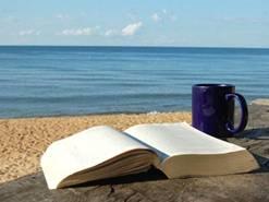 libro aperto sul mare